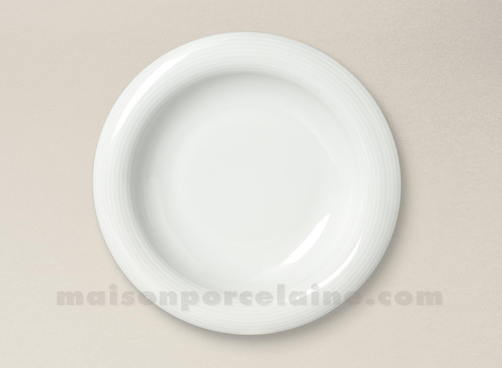 assiette creuse porcelaine blanche abba d22cm maison de. Black Bedroom Furniture Sets. Home Design Ideas
