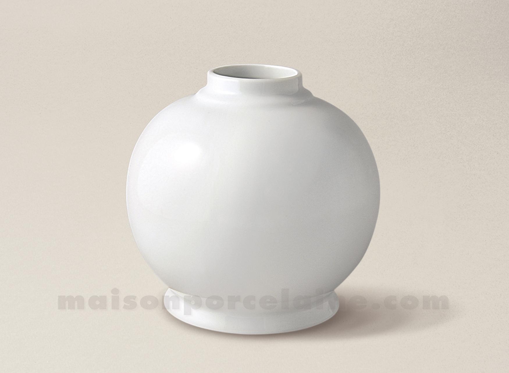 boule pied de lampe petrole limoges porcelaine blanche 15x15 maison de la porcelaine. Black Bedroom Furniture Sets. Home Design Ideas