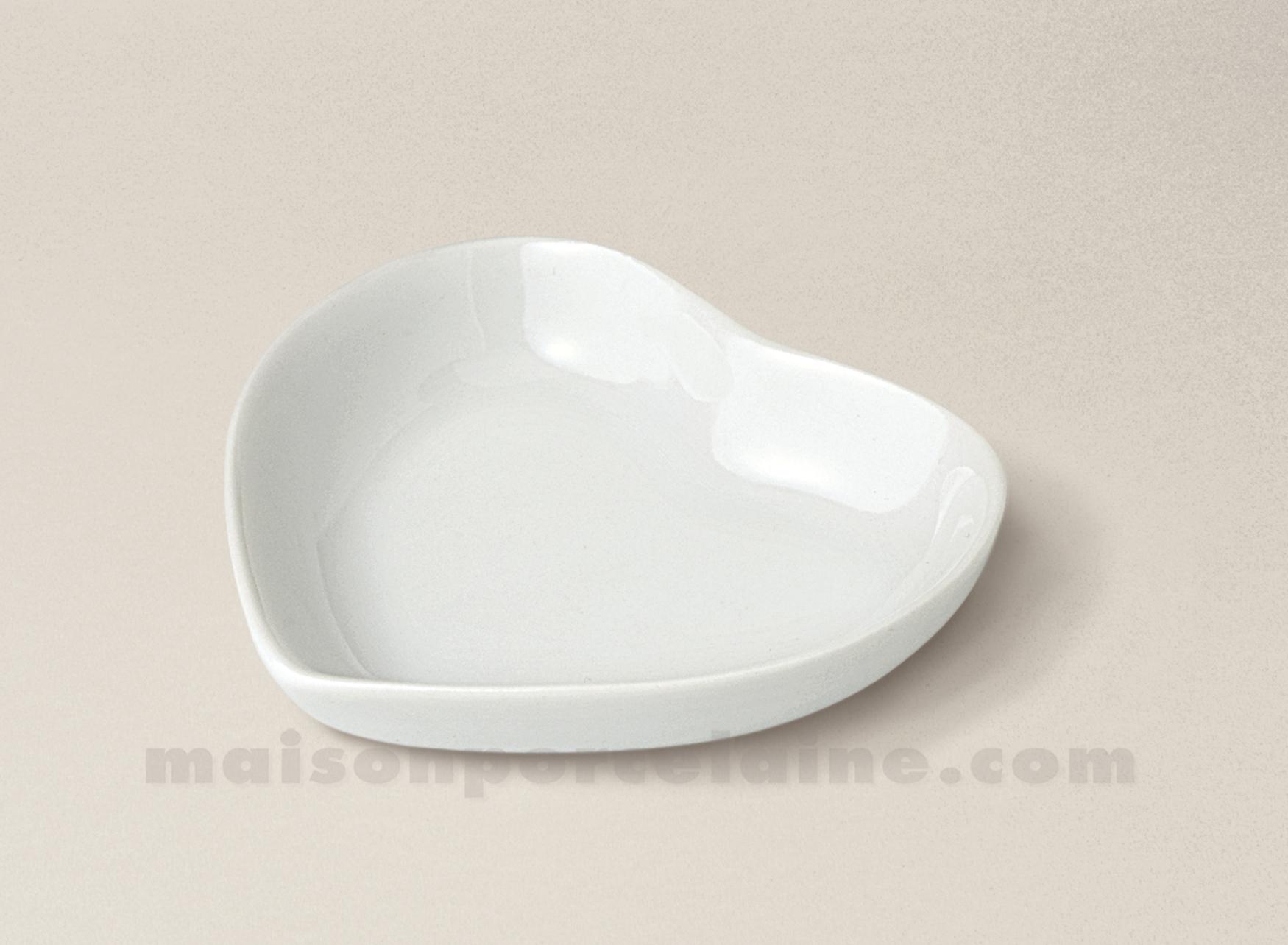 Coupelle porcelaine blanche coeur 6 5x7 5 maison de la for Maison de la porcelaine