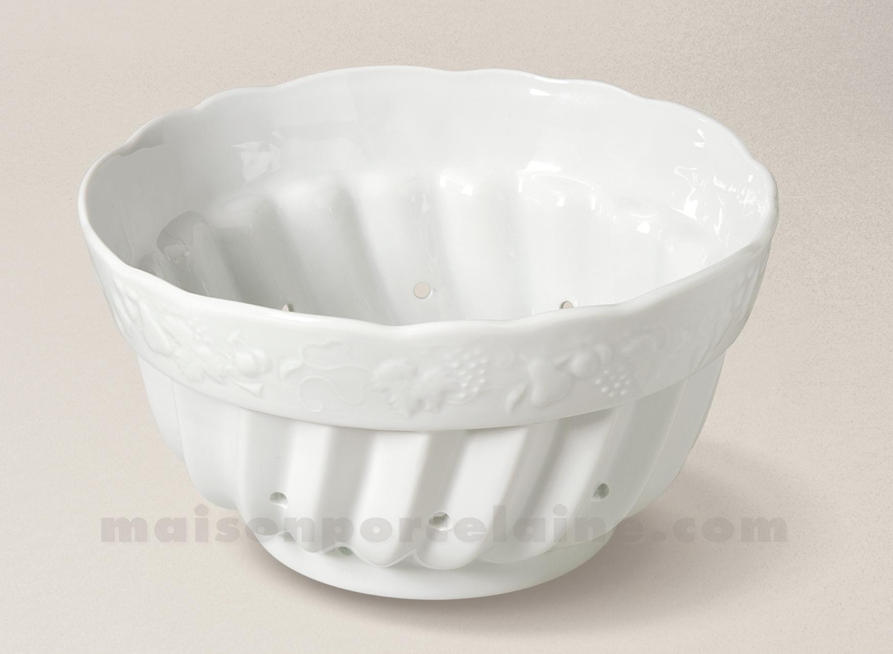 egouttoir fraises california porcelaine blanche 20x11 maison de la porcelaine. Black Bedroom Furniture Sets. Home Design Ideas