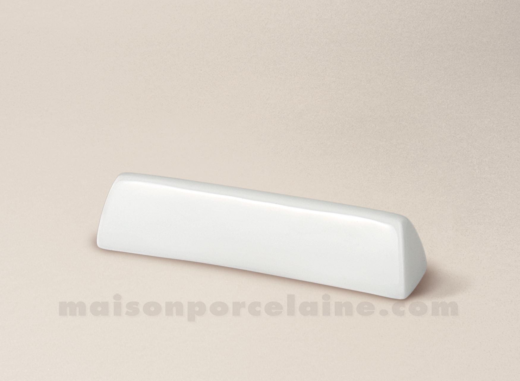 repose couteau porcelaine blanche limoges triangle 9x2 maison de la porcelaine. Black Bedroom Furniture Sets. Home Design Ideas