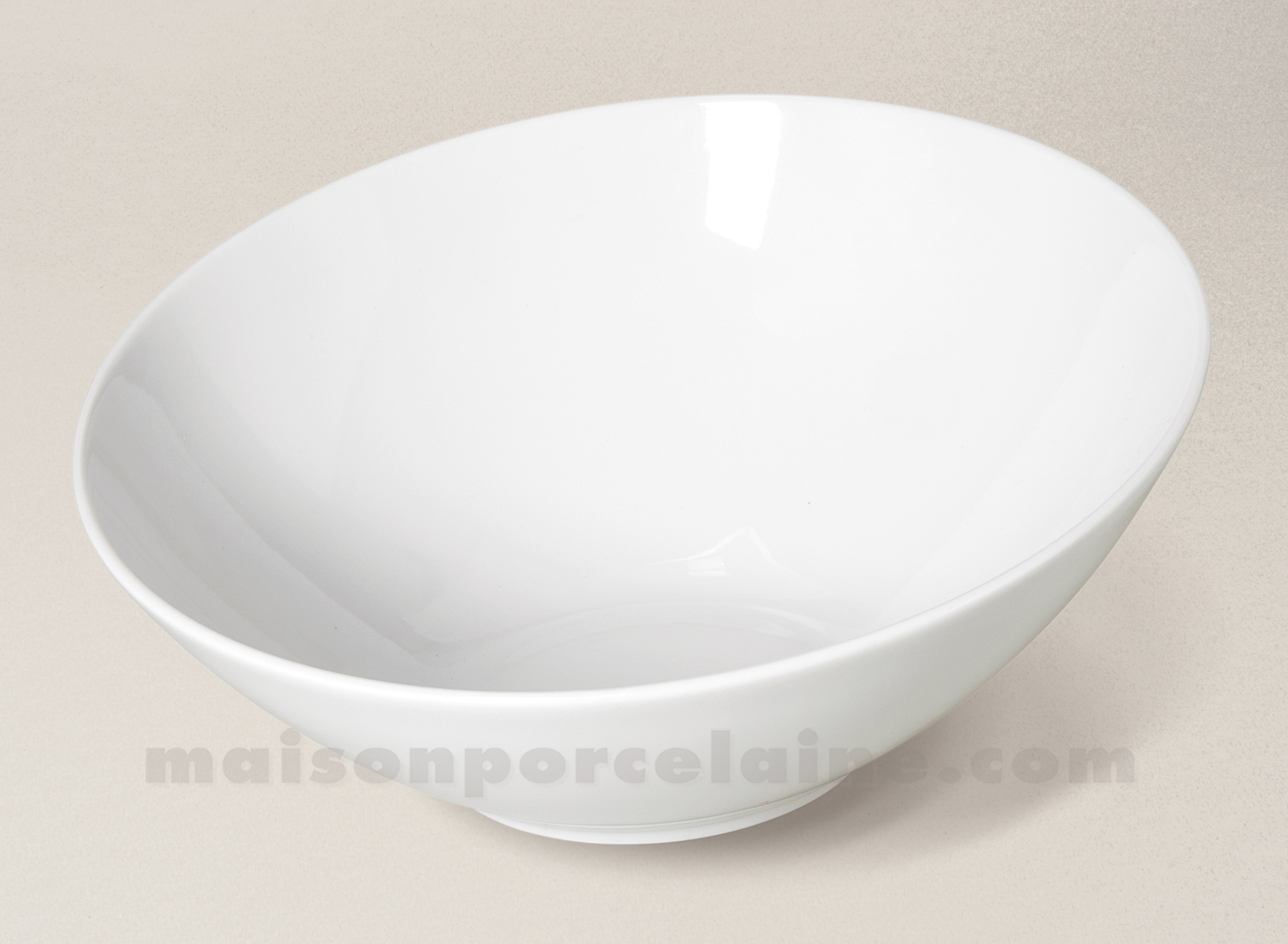 saladier incline porcelaine blanche 23 5cm maison de la porcelaine. Black Bedroom Furniture Sets. Home Design Ideas