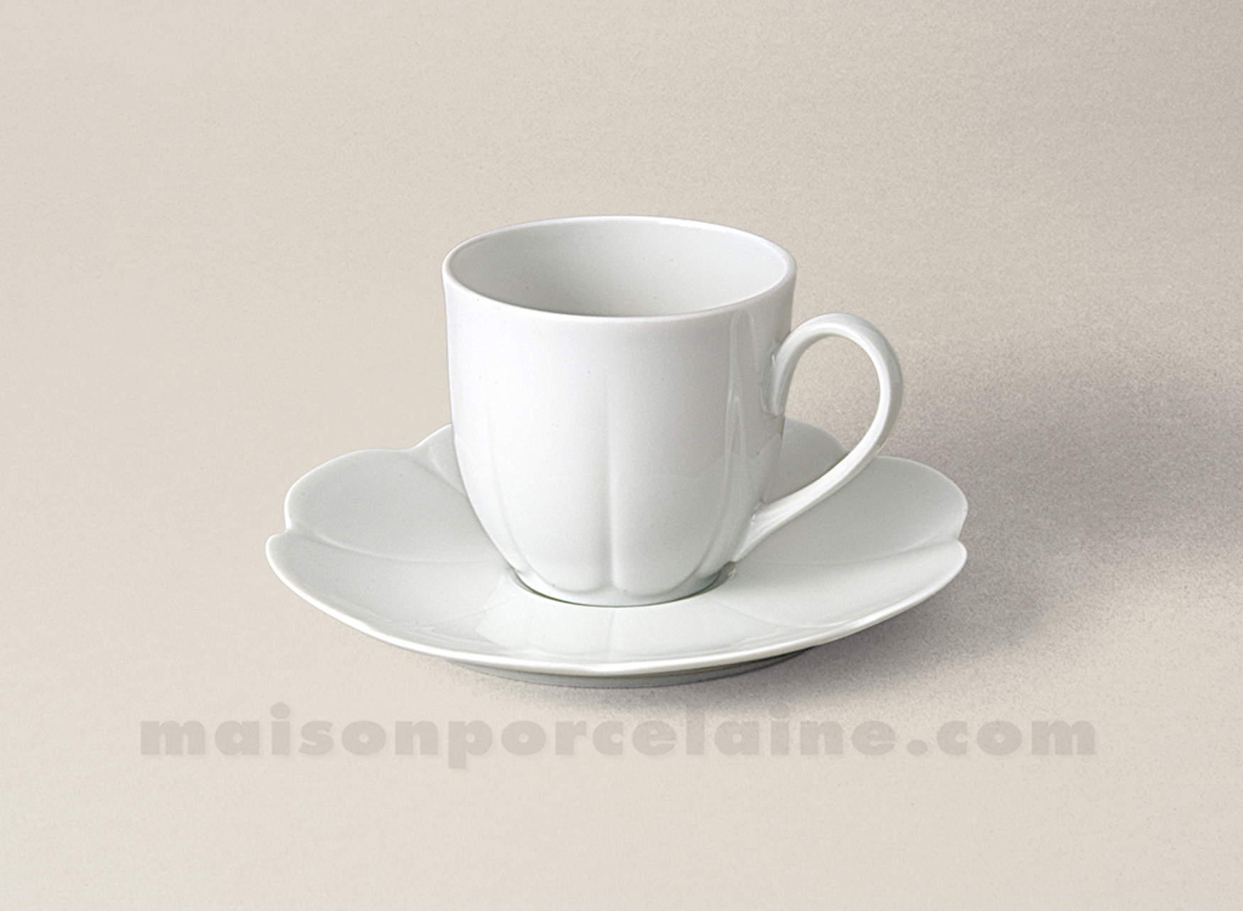 tasse cafe soucoupe limoges porcelaine blanche nymphea 10cl maison de la porcelaine. Black Bedroom Furniture Sets. Home Design Ideas