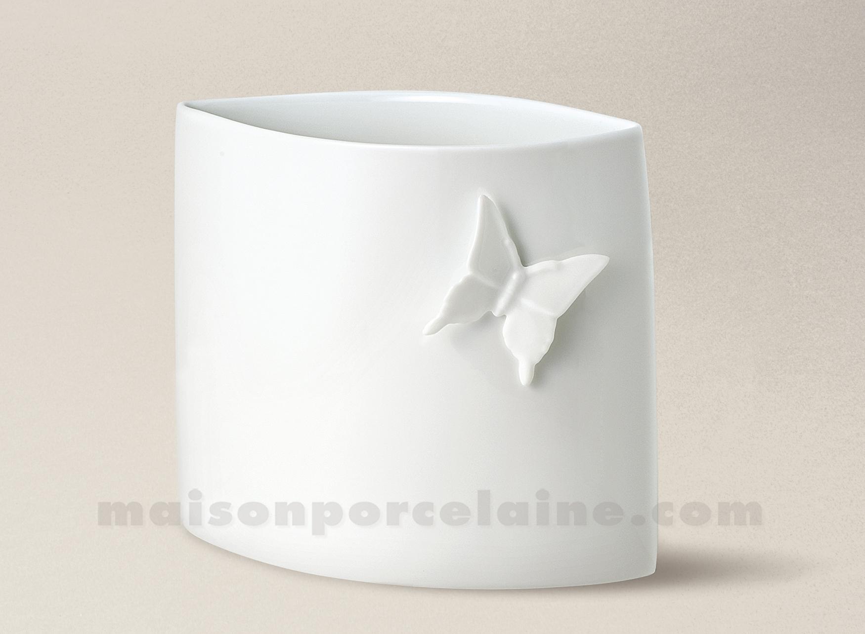 Vase limoges porcelaine blanche rebecca papillon gm 28 5x25 5 15l maison de - La porcelaine blanche ...