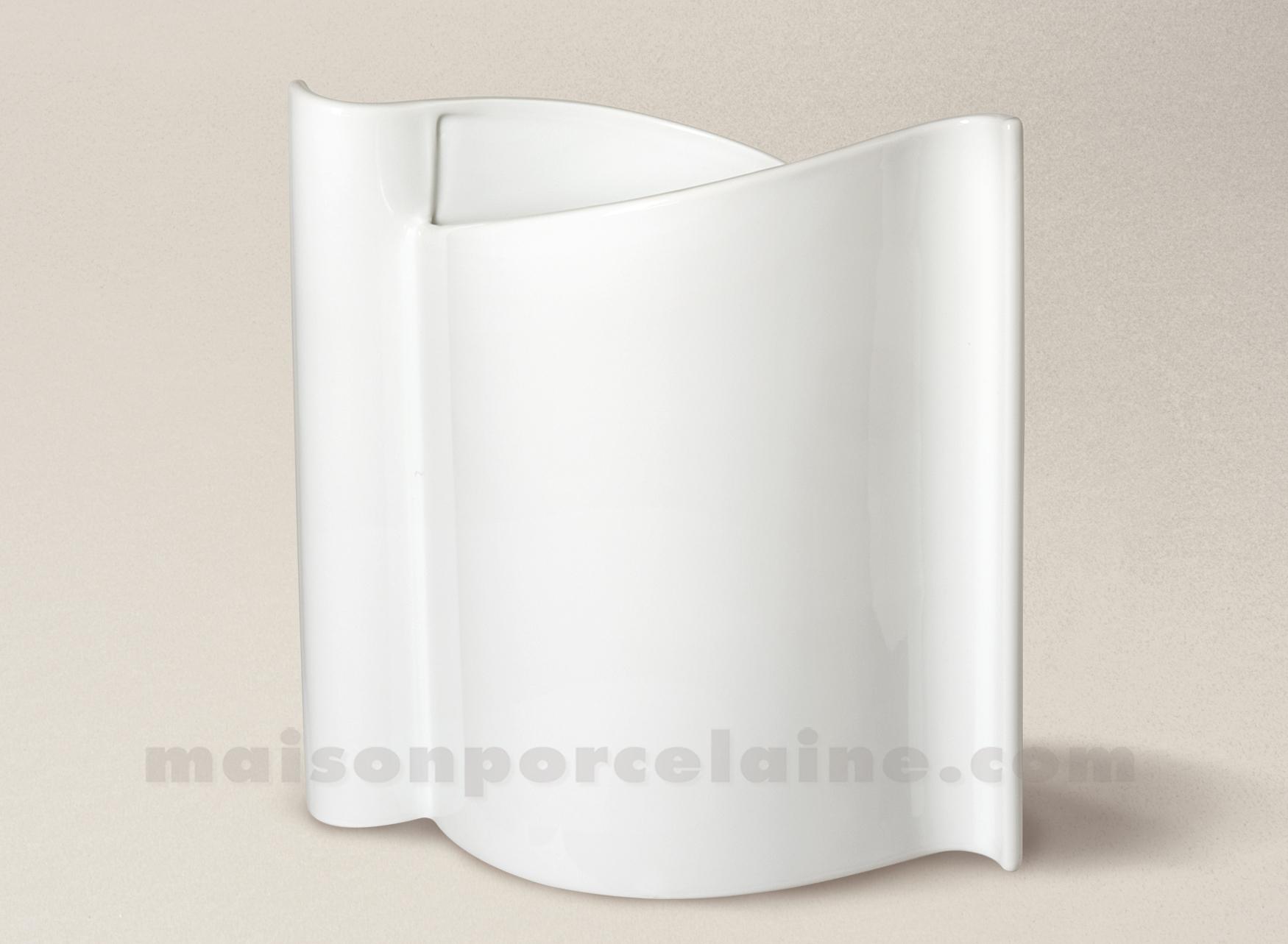 Vase porcelaine blanche loft 20 5x19 5 maison de la porcelaine - La porcelaine blanche ...