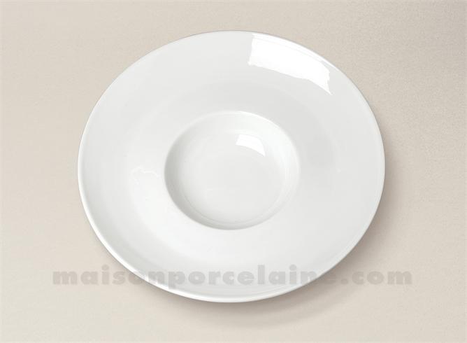 assiette petit risotto porcelaine blanche aile incurvee 20x5 maison de la porcelaine. Black Bedroom Furniture Sets. Home Design Ideas