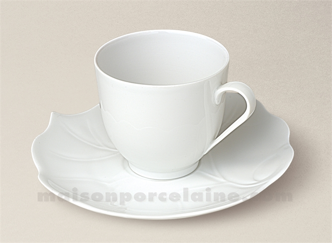 tasse cafe boule soucoupe porcelaine blanche limoges feuille bryone 10cl maison de la porcelaine. Black Bedroom Furniture Sets. Home Design Ideas